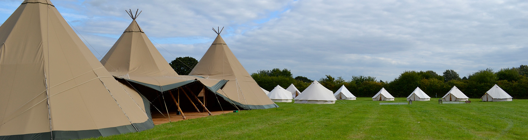 Emperor Bell Tent with bell tents at a wedding